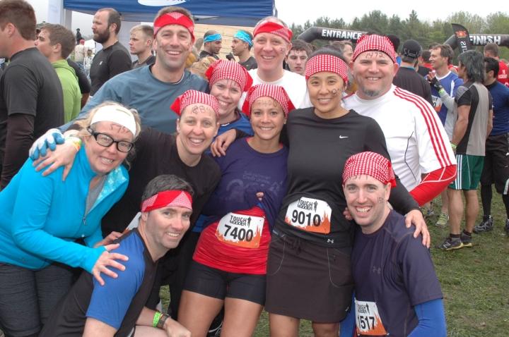 Pre-Race Picture: Brian, Doug, Chris, Melanie, Keli, Julie, Brenda's firend, Brenda, Tim (???) and Peter