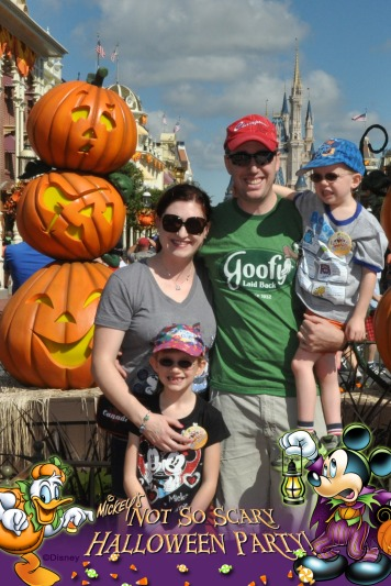 Family Picture at the Halloween Display