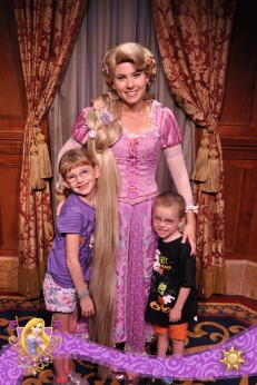 Abby and Aiden meeting Rapunzel