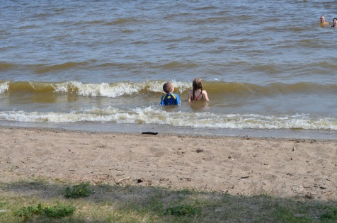Abby and Aiden enjoying the waves in Lake Temiskaming