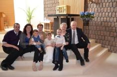 L-R: Peter, Melissa, Macklan, Jackie, Abby, Aiden, Ann, and Bernard