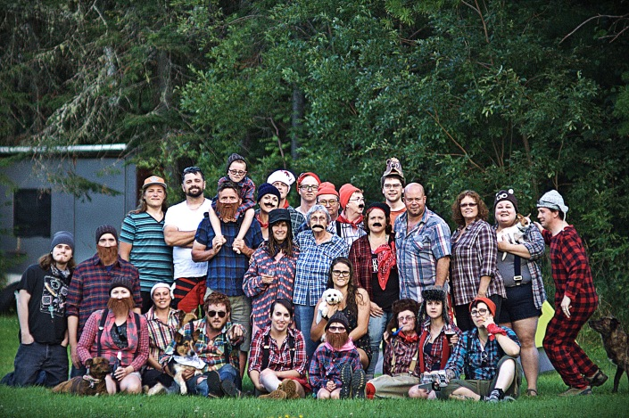 Front (L-R): Melissa with Marley, Kim, Philip with Milo, Stephanie L, Abby, Stephanie G with Juno, Uncle Al, Shauna, Johanie. Middle (L-R): Oren, Peter, Karen, Joyce, Chantale, Aaron, Wendy, Megan, Shawn with Lila  Back (L-R): Nick, Luc, Steven, Aiden (on Steven's shoulders), Rachel, Gabe, Lucas, Bruce, Jackie, Nicholas.