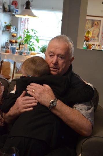 Aiden huggin Papa