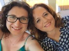 Melissa & Chantale Selfie