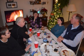 Susan, Mark, jane, Melissa & Craig enjoying Christmas Dinner