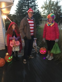 Dead Red Riding Hood, Waldo and The Clown ready to trick or treat