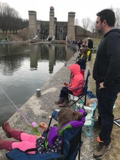 Ryan, Cadence & Abigail & Aiden Fishing